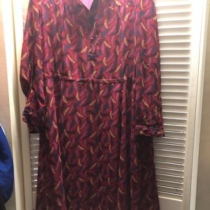 Anne Klein feather print dress with POCKETS!